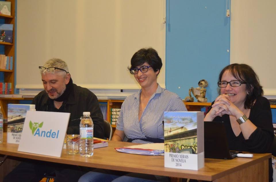 Fran Alonso, María Reimóndez e Carme Vidal (foto: Libraría Andel)